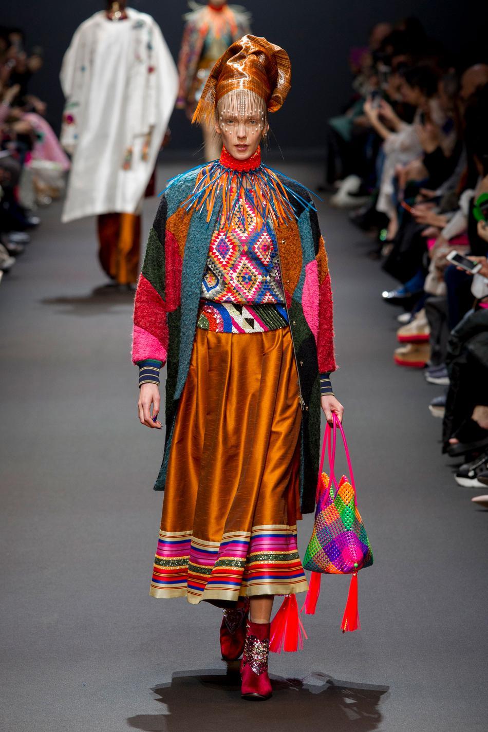 Défilé Manish Arora Fashion Week 2017 - Look 13