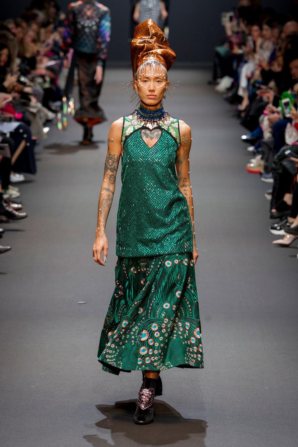 Défilé Manish Arora Fashion Week 2017 - Look 22