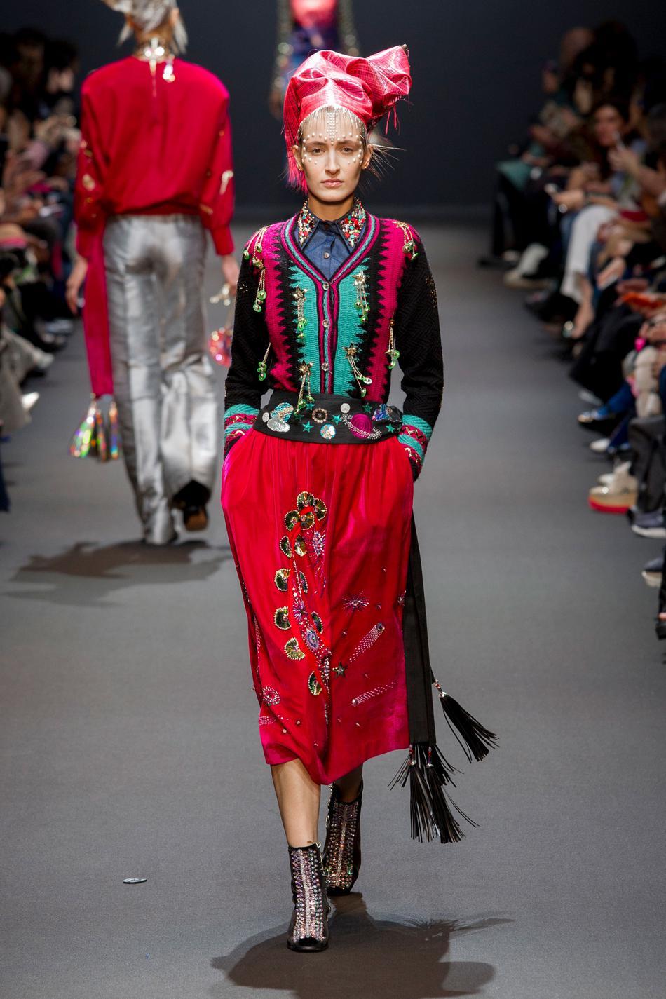 Défilé Manish Arora Fashion Week 2017 - Look 25