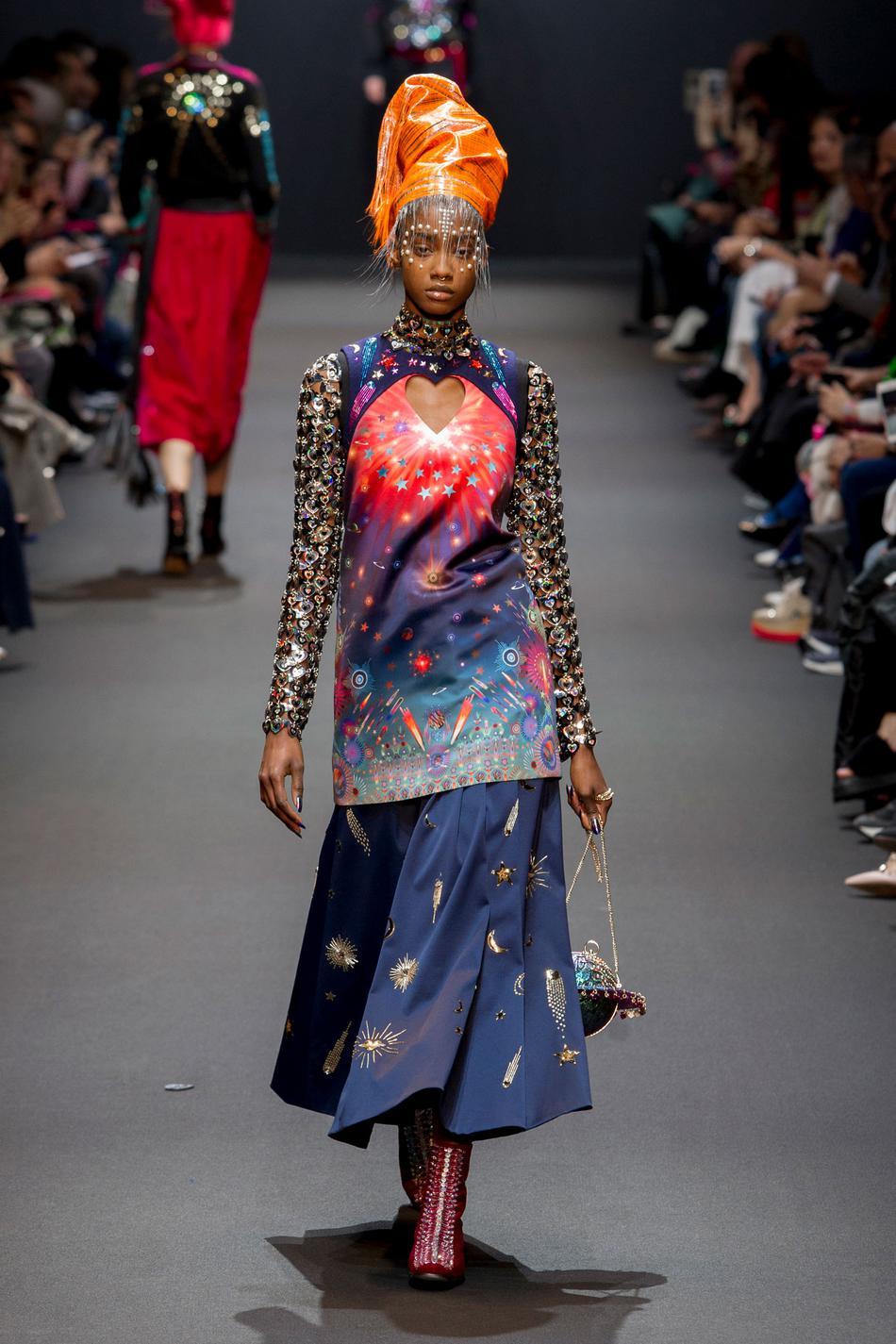 Défilé Manish Arora Fashion Week 2017 - Look 26